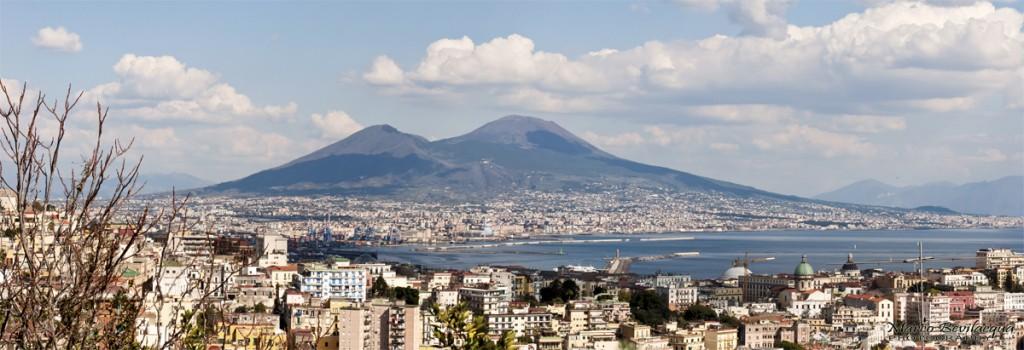 Panoramica del Vesuvio dal Parco Grifeo